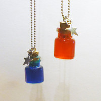 Health and Mana - friendship necklaces - 2 bottles