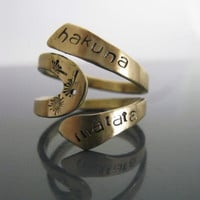 Hakuna Matata Ring, Hakuna Matata, Lion King, Disney, Free engraved, Twist Ring, Gifts for best friends, Hakuna Matata Jewelry, gold ring