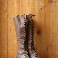 vintage 1930s boots / antique 30s lace up leather boots / size 7