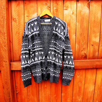 vintage oversized southwestern button down cardigan. aztec. size L to XL