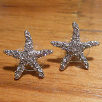 Rhinestone Starfish Earrings - Stud Earrings - Starfish