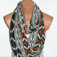 Infinity Scarf,Loop Scarf,Circle Scarf, textile Chevron Scarf,Cowl Scarf,Nomad Cowl....striped scarf...