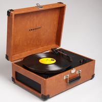 Crosley CR249 | Crosley Keepsake USB Turntable | fredflare.com