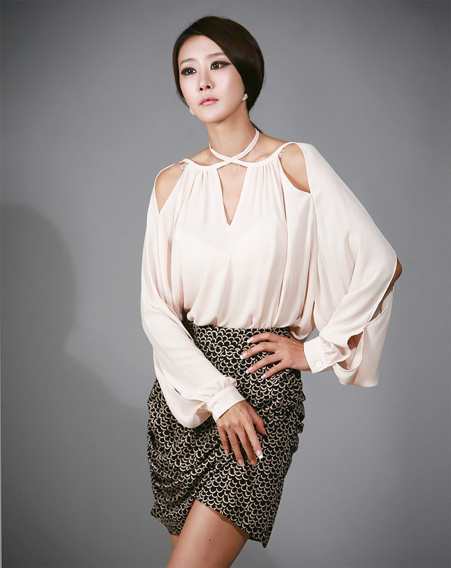 YESSTYLE: Nabi- Cutout-Accent Blouse - Free International Shipping on orders over $150