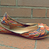 Bohemian Flats // Vintage 70&#x27;s Flats // Vintage Boho Flats // Hippie Shoes // Colorful Ethnic Shoes // Vintage India // Size 9 Shoes