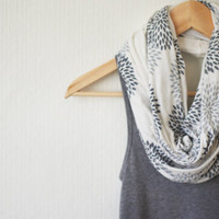 INFINITY SCARF - Gray Flowers on Cream