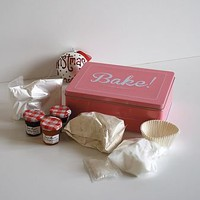 Baking Kit And Vintage Style Tin