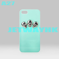 Skull pyramid Stud Studs Spikes Rivet cover case For iphone 5 5G 5th Punk