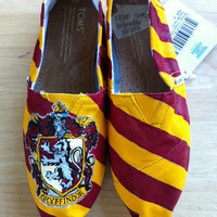 Hogwarts/Harry Potter House TOMS