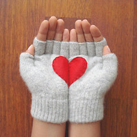 Heart Gloves, Fingerless Grey Gloves with Red Felt Heart