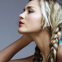 Long blonde braids en » Hairstyles » Gallery » Hairdresser-Models.eu