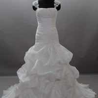 Ball Gown Spaghetti Straps Sweetheart organza Wedding Dress