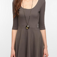 Sparkle & Fade 3/4 Sleeve Knit Circle Dress