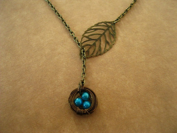 Filigree Leaf And Bird Nest Lariat Necklace by lusciouslockets