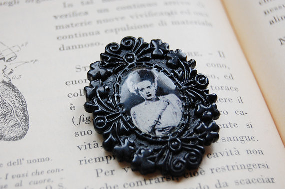 Bride of Frankenstein Cameo Brooch Pin