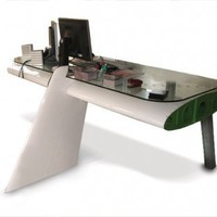 Aeroplane wing desk