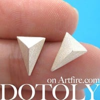 Simple Textured Arrow Arrowhead Stud Earrings in Allergy Free Titanium