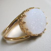 Druzy ring, Gemstone ting, Gold ring, Bridal ring, Cocktail ring, white stone ring, 10 mm stone, Vintage ring, bridesmaid gift