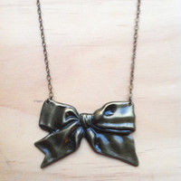 Luxe Ribbon Bow Necklace - Christmas Present Gift Bow