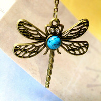 Hollow Dragon Fly Necklace | Trinkettes