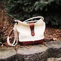 vintage two tone Liz Claiborne bucket style shoulder bag. crossbody bag. 1990s. large bucket bag
