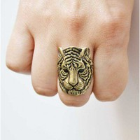 Trendy Clothing, Fashion Shoes, Women Accessories | antique gold ring  | LoveShoppingMiami.com