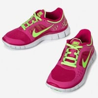 Amazon.com: Nike Lady Free Run V3 Running Shoes - 6 - Pink: Shoes
