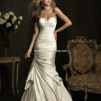 Allure Wedding Dresses - Style 8912 [8912] : Wedding Dresses | Designer Bridal Gowns | Bridesmaid Dresses Online
