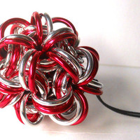 Chainmaille Christmas ornament Ball Candy striped Red and silver