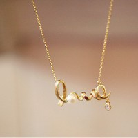 [out of stock] Unique Love Pearl Chain Necklace
