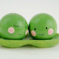 Two Peas in a Pod Salt & Pepper Shaker Set, Magnetic, Green & Pink Ceramic