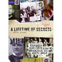 Amazon.com: A Lifetime of Secrets: A PostSecret Book (9780061238604): Frank Warren: Books