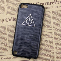 Black Hard Case Cover With Deathly Hallows Harry Potter for Apple Ipod Touch 5, iPod Touch 5th,iTouch 5,iPod Touch 5