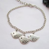 Bracelet---antique silver lovely birds pendant&Sister friendship bracelet