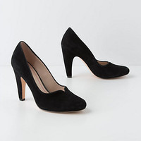 Sweetheart Vamp Pumps