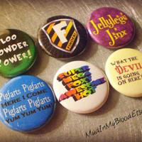 "PINTEREST SALE- Six A Very ""Wizard"" Musical 1"" Pinback Buttons or Magnets- AVPM"