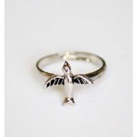 Tiny Bird Ring Silver
