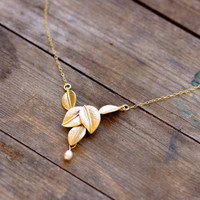 falling leaf golden necklace with fresh water pearl
