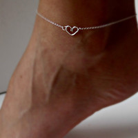 Sterling Silver Heart Anklet Delicate jewelry Sorority gift Girlfriend gift Wedding Gifts Shower Gifts