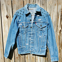 WLDHRTS Vintage Levi&#x27;s Spike Studded Premium Denim Jacket Unisex S/M