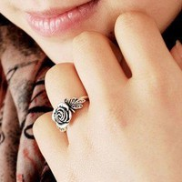 Vintage Exquisite Rose Flower Ring at Fashion Costume Jewelry Online Store Gofavor