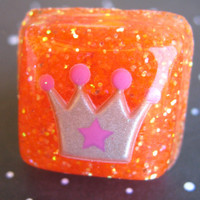 Gray Princess Crown Resin Ring