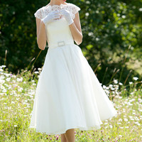 LYN ASHWORTH          DAPHNE SHORT WEDDING DRESS