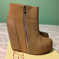 Beige Zipper Detail Wedge Boots
