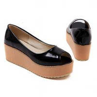 Black Patent Leather Flatform Peep Toe Shoe