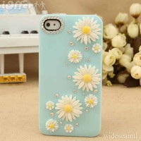 New Bling White Daisy Flowers Blue iPhone 4/4S Case