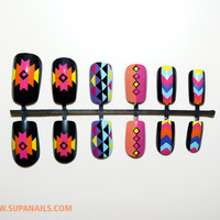 Funky Aztec - 12 Nails with a colorful geometric pattern