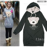 Spring new cute thickened hooded Winnie Wei coat shirt from lovely girls