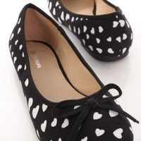 Black Canvas Heart Print Bow Tie Accent Flats @ Amiclubwear Flats Shoes online store:Women&#x27;s Casual Flats,Sexy Flats,Black Flats,White Flats,Women&#x27;s Casual Shoes,Summer Shoes,Discount Flats,Cheap Flats,Spring Shoes,Cute Flats Shoes,Women&#x27;s Flats Shoes,Sne