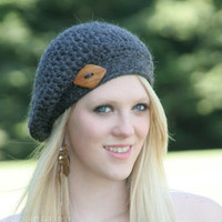 Baby Alpaca Beret Hat With Diamond Shaped Plum  Wood Button 100% Bulky Baby Alpaca-Charcoal Gray